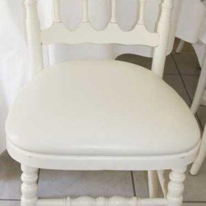 Chaise bois blanc -loca-vaisselle Location de vaisselle - matériel de réception